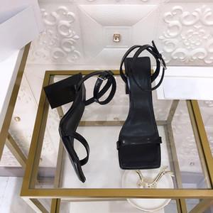Fibbia tacco alto femminile scarpe 3D graffiti sandali capi piazza delle donne 2020 i tacchi alti sandali tacco grosso modo delle donne