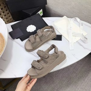 Women and Men Couple Slippers Slide Sandals Shoes Rubber slide sandal Beach causal slipper Summer Flip Flops Fashion Slippers xy 0428