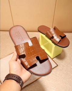 Venda quente das mulheres de eclusa de Luxo Ele Designer Chinelos Brown Casual Leather Sandals Mulheres Marca Partido chinelo Moda Flip Flops com pó saco $ 07