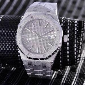 41mm NOUVEAU Frosted Mens Watch Bracelet en acier Automatique / Mouvement Quartz Cadran en or 18 carats en or rose sport bling Shinning Wristwatch date