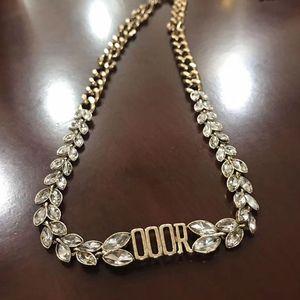 Mulheres Carta Gargantilha Colar de Metal cadeia de cristal colar do presente para o amor Namorada moda jóias envio Acessórios Epacket