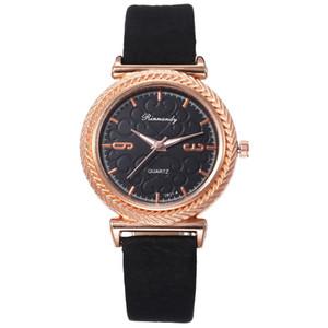 reloj de pulsera izle kadın lüks yepyeni rahat bayan tasarımcı Elmas kadınlar için Paslanmaz çelik saat hediye bilezik saatler