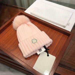 Mulheres Winter chapéus crânio tampas lenço morno quente de tricô grossas chapéus com caixa para o homem