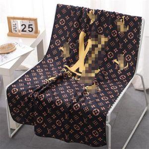 INS Fashion Quick Dry Handtücher Ferien Personality weiche Männer Frauen Strandtücher 6 Styles Brief gedruckt Badetuch