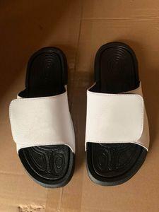 2020 new arrival men women cheap high quality white black leather bubble sole VELCRO home shoes