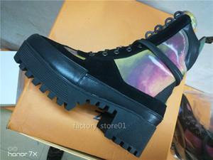 INS donne di marca Stivali progettista caldi di inverno Fur Boot Top qualità cuoio stivali di pelle calda del progettista Scarpe Moda Scarpe casuali delle scarpe da tennis