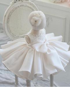 Baby Girl Vestido de Batismo Para O Casamento de Batismo Big Bow Em Camadas de Tule Newborn Party Wear Infantil Princesa 1 Ano Vestido de Aniversário