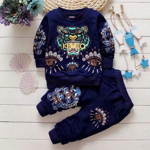 2019 neue klassischen Luxus-Designer-Baby-T-Shirt Jacke Hosen Zwei-piec 1-4 Jahre olde Klage-Kind-Art und Weise Kinder 2pcs Baumwollkleidung Sets wieder