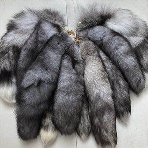 10pcs / lot genuíno real Cauda de prata Blue Fox Fur Keychians Plush Pom Poms Cosplay Toy Keychain Chaveiro Car KeyChain encanto do saco borlas