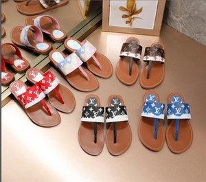 Designer Beach Slippers Designer flip-flops Summer designer slippers cartoon slippers luxury men's and women's shoes