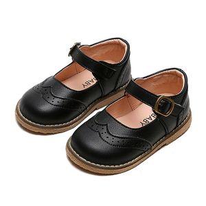 Pelle di nuova ragazza del bambino Oxford wingtips Casual Shoes bambini Brogue Mary Jane uniformi Scarpe per bambini Abito piatto bambino