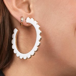 Mode Bijoux en métal émail Boucles d'oreilles pour les femmes Minimaliste Big Circle Round Vague Boucles d'oreilles à la mode Party Hoops Accessoires