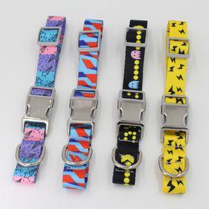Collares de hebilla semimetálicos Perro de mascota Ajustar Nylon Impreso Accesorios de cuello de moda Opp Embalaje con varios patrones 12 8xy J1