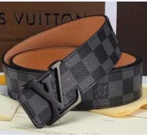 2020 belts White belt luxury designers belts for men big buckle belt male chastity belts top fashion mens leather belt 105-125 cm