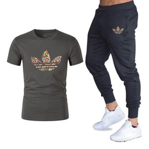 2019 Summer Hot Sale Men's Sets T Shirts+pants Two Pieces Sets Casual Tracksuit new Male Casual Tshirt Gyms Fitness Designer clothes