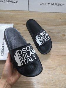Dsquared2 dsq2 SS20 neue Ankunfts-hochwertige Marken-Designer-Slides Männer Frauen D2 Sandelholz-Strand-Hausschuhe Größe 35-46 # 01