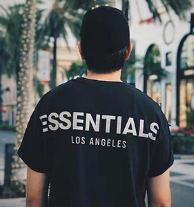Skate 19FW Fear Of God FOG Essentials 3M reflexiva T Los Angeles manga curta Homens Mulheres Summer Street Casual T-shirt HFYMTX612