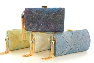 2020 New Fashion Ladies Hand Holding Evening Bag Color Changing Satin Tassel Banquet Bag