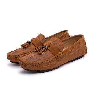 Estilo britânico Shoes Men Moda Tassel Peas Loafers masculino dos homens respirável sapatos casuais Plano Driving Masculino Loafers HC-624