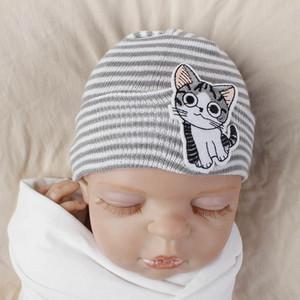 16 couleurs du nouveau-né hiver d'enfants Chapeau Bonnet tricoté crochet avec la bande dessinée Flamingo Pineapple Fox Broderie Chapeau Nouveau né Chapeau