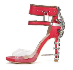 Strass Heels Sandals Donna Decor Metal Lock Nail Buckle Strap Party Banquet Lady Shoes Scarpe trasparenti Upper Runway