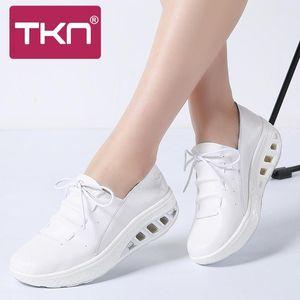 NTK 2019 Femme Automne sneakers en cuir véritable femmes lacent Chaussures Chaussures Flats Plateforme Chaussures Femme Femme