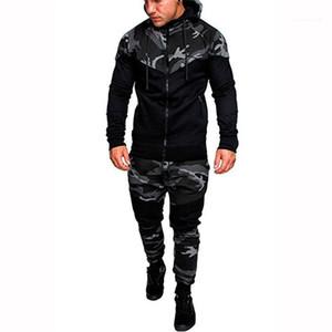 Giyim Erkek Moda Kapşonlu Tracksuits Kamuflaj Tasarımcı Kasetli Kapüşonlular pantolonları 2adet Giyim Kazak Kıyafetler Mens ayarlar