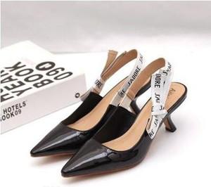2019 Carta Nudo de arco Zapatos de tacón alto Mujeres Runway Punta estrecha Zapatos de tacón bajo Mujer Sandalias de gladiador Señora Diseño de marca Zapatos planos de malla