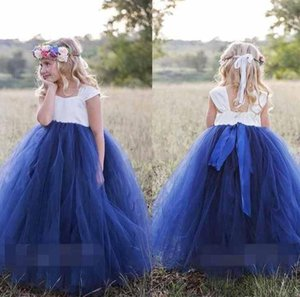 Cute Princess White Navy Blue Flower Girls Dresses Bateau Neck Cape Sleeve Puffy Ball Gown Girls Pageant Gown First Communion Gowns