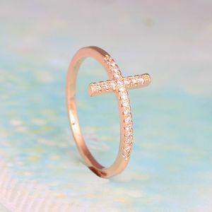 Ювелирные изделия Trend Сбоку Креста Посеребренная кольца способа Бесплатная доставка Роуз Позолоченные Кристалл Урожай Обручальное кольцо для женщин