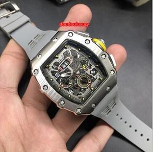 Gli orologi automatici d'argento degli uomini della cassa di barilotto dell'acciaio inossidabile d'argento guardano gli orologi caldi di modo di sport di sport Trasporto libero