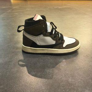 2019 TS 1S صبار جاك أحذية الأطفال كرة السلة ترافيس سكوتي العليا OG الرياضية 1 TS أحذية رياضية في الهواء الطلق شباب جديد للأطفال بوي فتاة المدربين