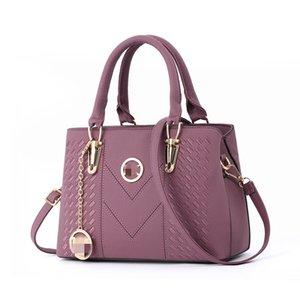 Британская мода ретро женщина сумки 2020 Pu Leather Luxury сумки Женские сумки конструктора Rivet Tote девушки плеча Сумка Z07 # 284