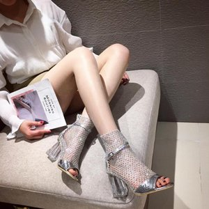 2020 Bling Rhinestone Sandals Botas Ankle Strap Air Mesh Peep Toe oco Gladiator Sandals Fino Salto Alto Curto Botas casamento