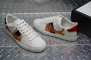 New Arrivals Mens Fashion LuxuryPlatform Shoes Plano DesignerSneakers caminhada casuais mens formadores sapatos de couro A02