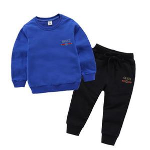 Baby / Junge Cartoons Set Designer-Baby-T-Shirt Jacke Hosen Zwei-piec 1-4 Jahre olde Klage-Kind-Art und Weise Kinder 2pcs Baumwollkleidung