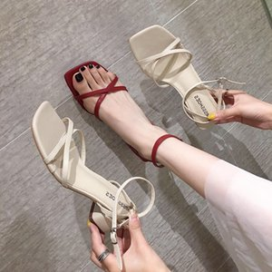Gorgeous2019 Red Off Show Farbsystem Square Crossing Bring Coarse Mit Sommer New Concise All-Match Zehensandalen