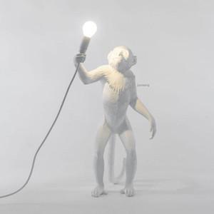 Lâmpada Macaco resina Black White Gold Pendant Luz Para Sala Lâmpadas Arte Parlor sala de estudo levou luzes brilho Com E27 Led Bulb