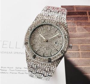 Luxe Or Président inoxydable Glacé Diamond Bezel Designer Mens automatique Day Watch Date de Montres-bracelets