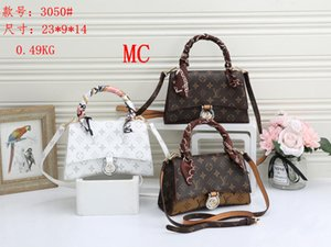 Ladies Brand Shoulder Bag Designer Waist Bags Women Luxury Cross Body Bag Brand Handbags Message Bags girls Purse Wallet XX 2020833K