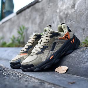 2020 Nova Chegada Treeperi Moda Chunky 700 Sapatos Casuais para Homens Preto Azeitona Total Laranja 3M Reflexivo de Alta Qualidade Designer Sneakers