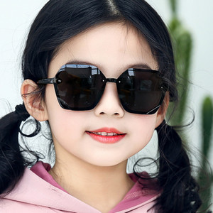 2020 nuovo modo freddo protezione ragazze del neonato per bambini Occhiali da sole Occhiali da sole Top Coating bambini di modo Occhiali da sole UV per gli occhi