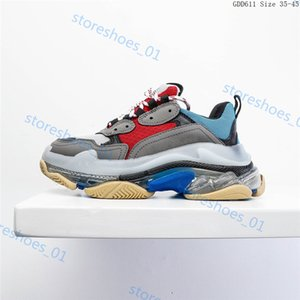 2020 Xshfbcl Fashion Crystal Bottom Paris 17FW Triple S Luxury Designer Women Mens Casual Shoes Vintage Dad Platform Trainers Sneakers