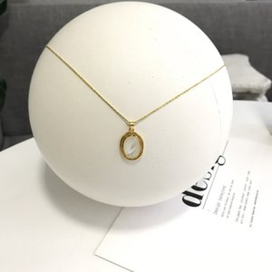 Silvology 925 Sterling Silver Natural Shell Oval Pendant Necklace for Women Gold Elegant Luxury Necklace Friendship Jewelry Gift