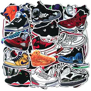 100pcs أحذية كرة السلة العلامات التجارية ملصقات الأحذية JDM مختلطة لسيارة حقيبة سفر ديكو دراجات الغيتار ملصقات ديكو الهاتف Pvc ملصقات