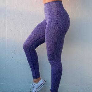 Aprilgrass Brand Designer Mujeres Primavera Nueva Moda Vital Vital Leggings Gimnasio Pantalones sin fisuras Pantalones de yoga Pantalones Girl Deportes Leggings
