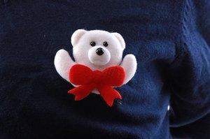 Navidad llevada insignia broche de decoraciones de Navidad de Santa Claus muñeco de nieve de los ciervos del oso resplandor parpadeante Broche juguetes de peluche partido regalo apoyos FFA3231