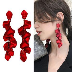 925 petali d'argento-Rose orecchini lunghi delle donne europee e americane stile esagerato di temperamento viso magro Orecchini-Style Orecchini
