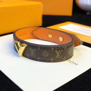 Luxus-Schmuck aus echtem Leder Designer Armbänder mit Gold V für Männer Top-Qualität mit vier Blättern Blumenmuster Frauen Modeschmuck Armband