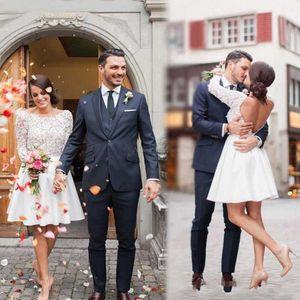 2020 Modest V Backless a buon mercato abiti da sposa in pizzo con scollo maniche lunghe da cerimonia nuziale A Short Line vestito da sposa